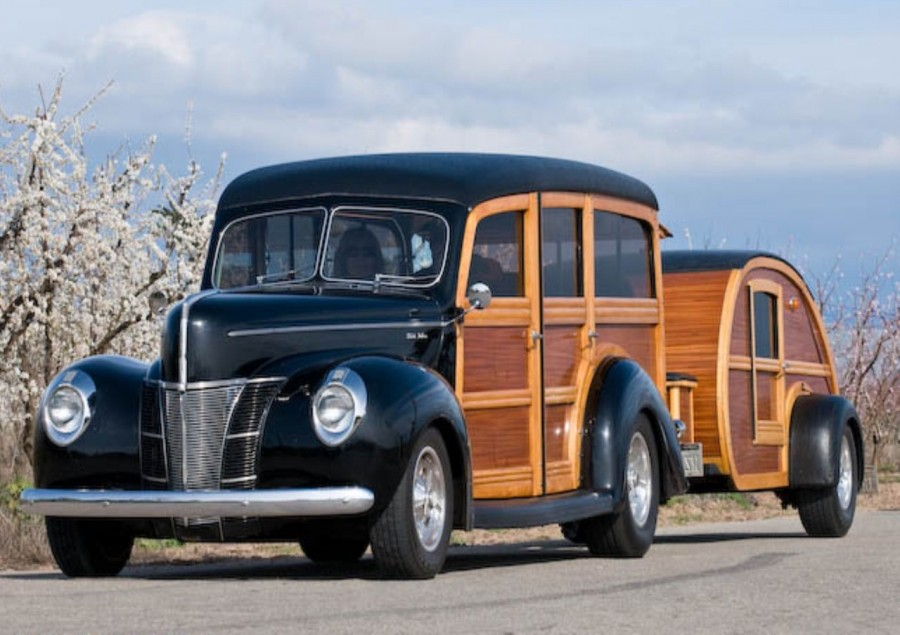 1940 Ford Woody DeLuxe and Teardrop