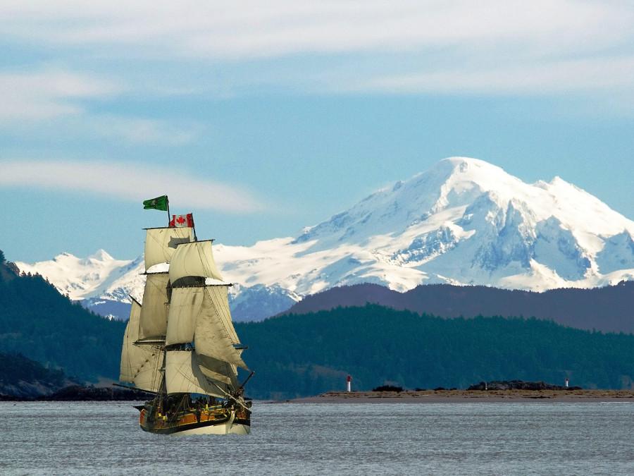 бриг Lady Washington у берегов Брит Колумбии