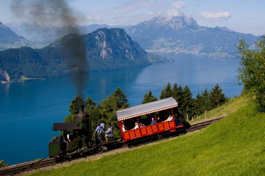 Нет конца швейцарским жд приколам