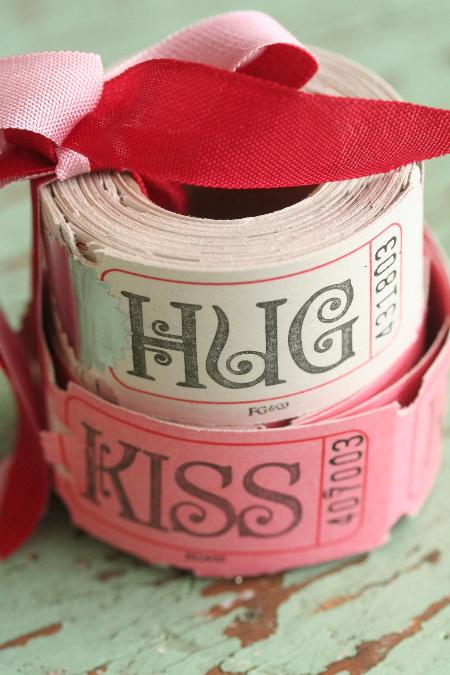 билеты обнимайся и целуйся