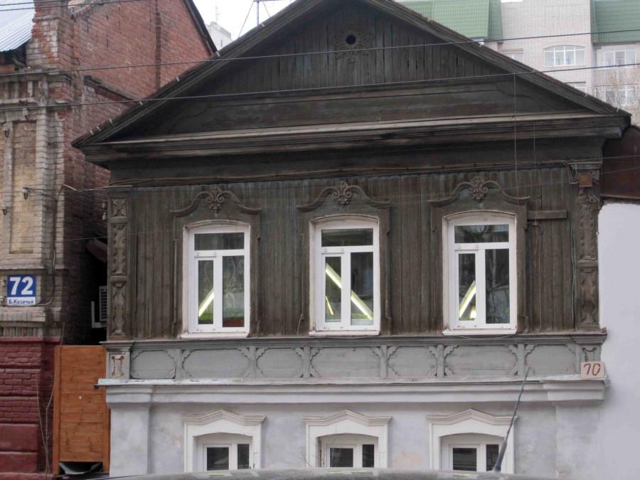 трубки дневного св за окнами