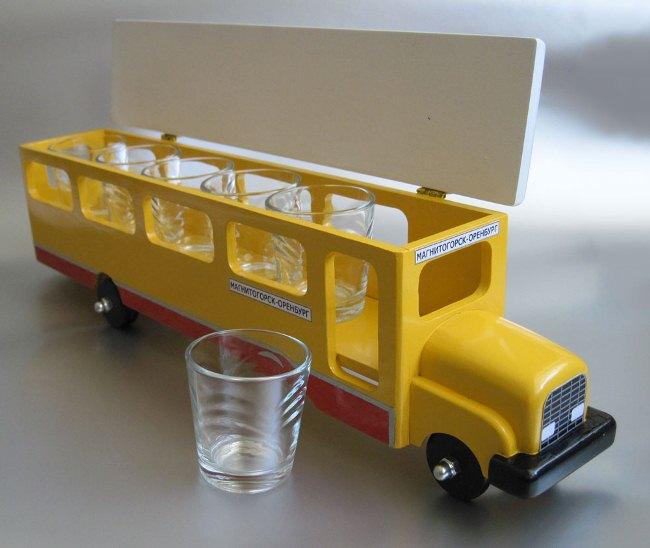 напился - и за руль школьн автобуса