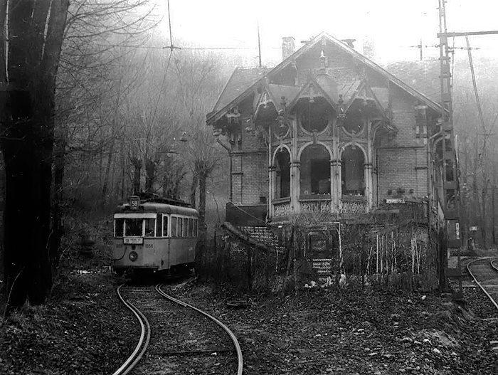 трамвай и дом