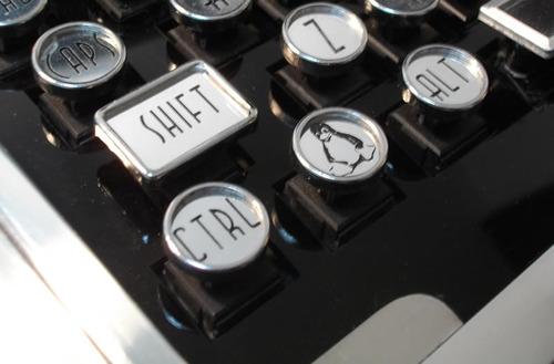 Datamancer's Art Deco Keyboard 3