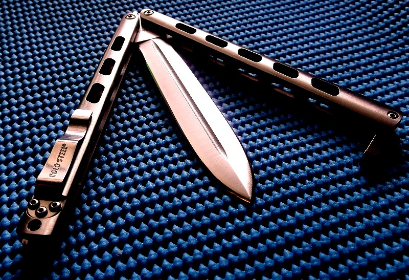 балийский нож-бабочка