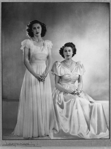 Princess_Margaret_Elizabeth_may1946