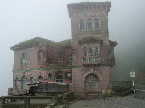 Abandoned Hotel in Colombia 1