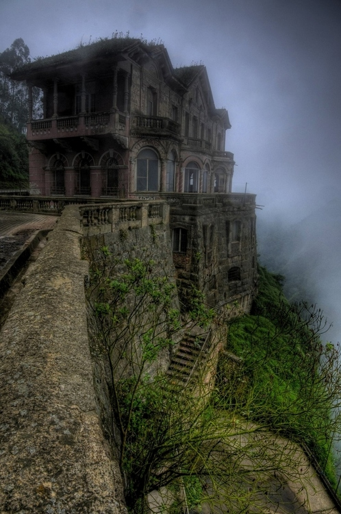 Abandoned Hotel in Colombia 2