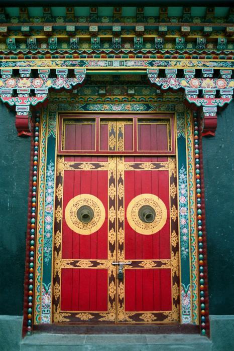 дверь восточная