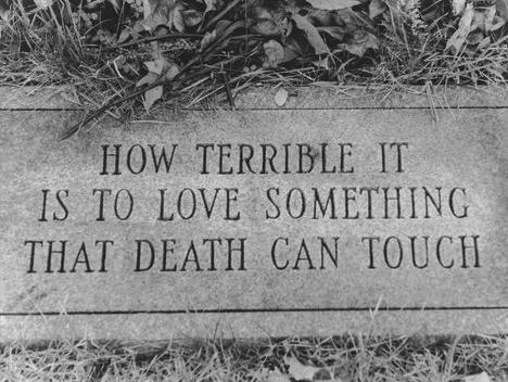 надгробие надпись