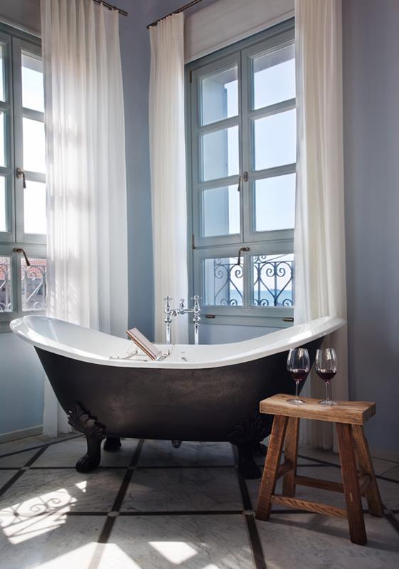 ванная угловая