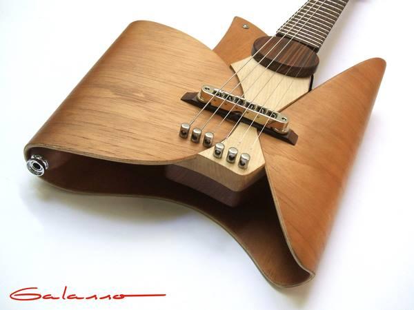 Guitar by Ezequiel Galasso