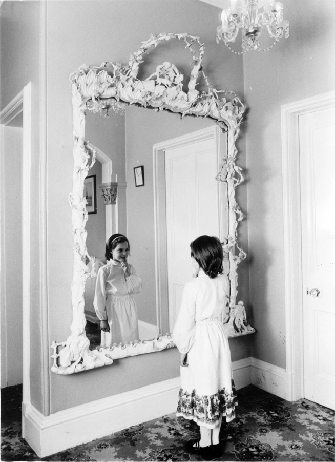 Зеркало в Hetton Lawn Льюиса Кэррола