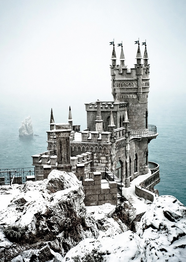 Ласточкино Гнездо (1912) зимой