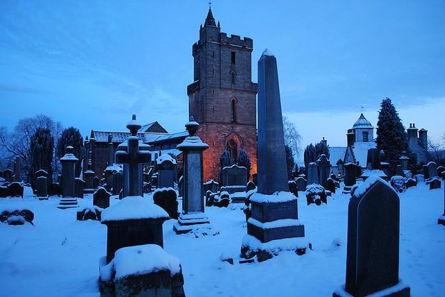 старое кладбище зимой 1