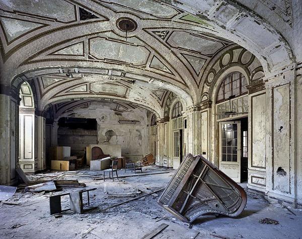 брошенный замок 1860-9