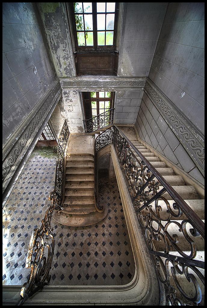 брошенный замок 1860-5