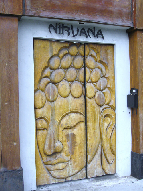 дверь буддийская
