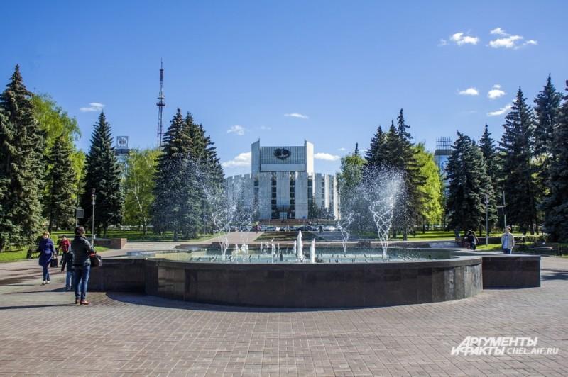 последния реконструкция фонтана была в 2014г.