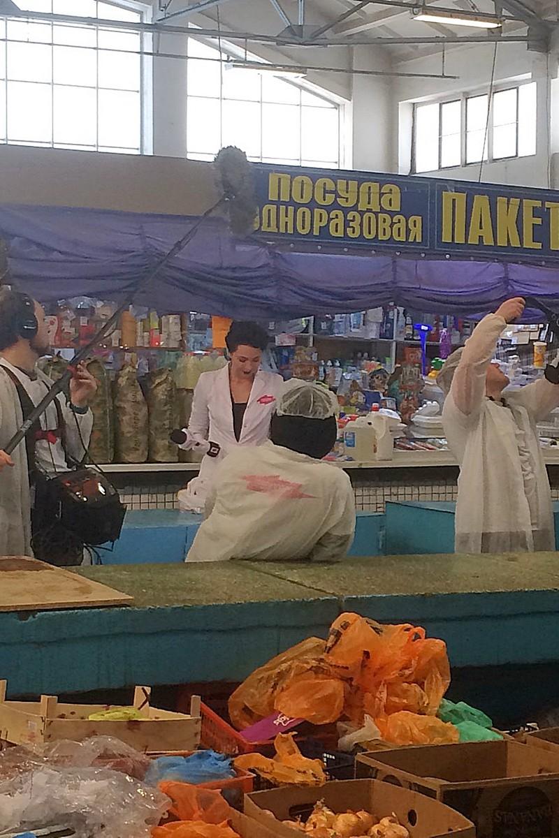 """На Троицком рынке орудует банда """"Ревизорро"""")"""