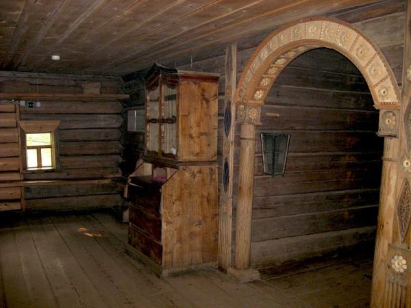 старинный интерьер в деревянном доме, Кострома