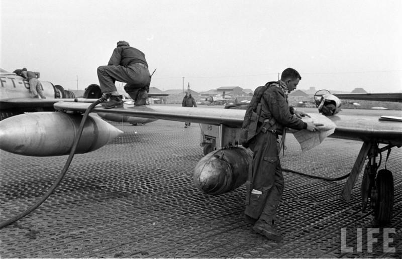 l'US air force  et l'aéronavale 18002244_800