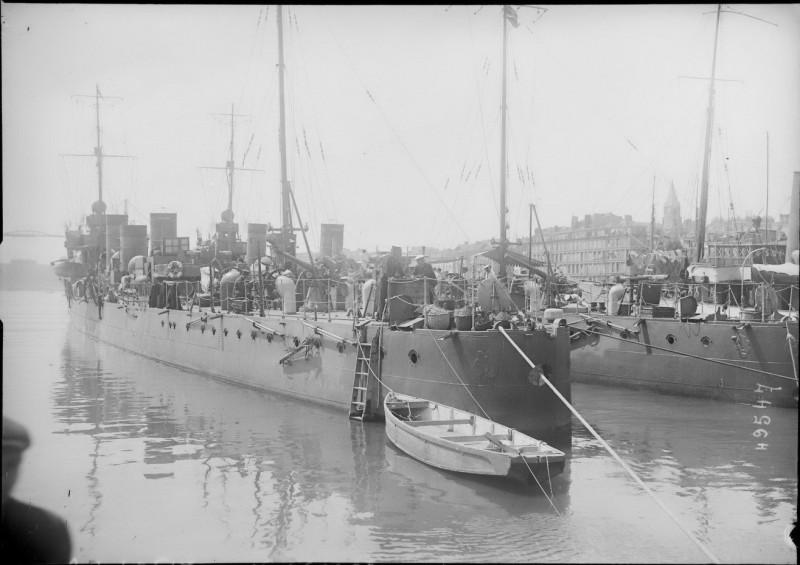 Destroyers japonais à Marseille en 1917 4597650_800