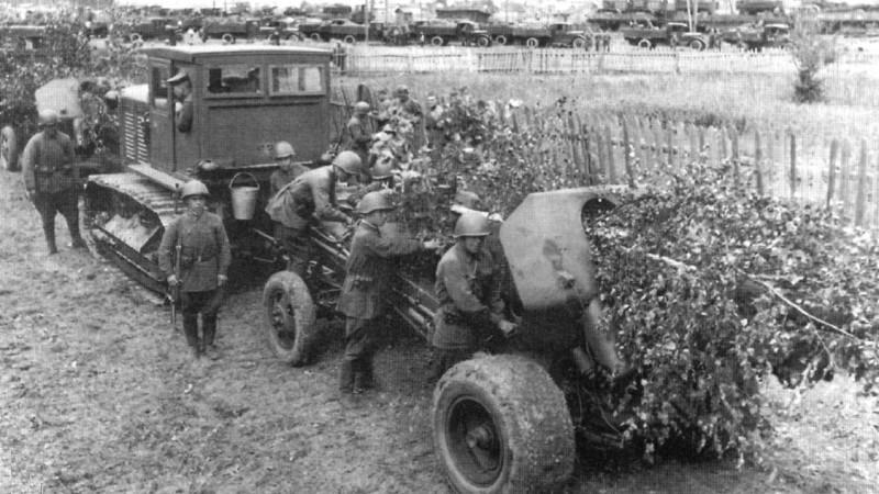 Тракторы №5 - Сталинец-65