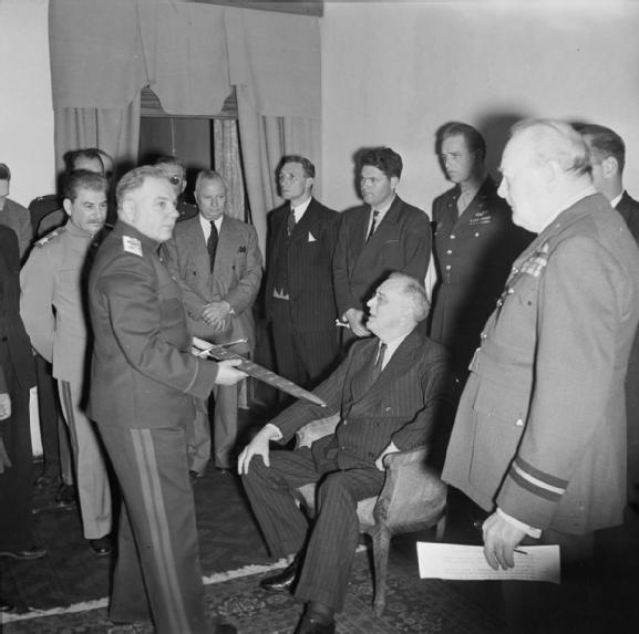 Sword_of_Stalingrad_presented_during_the_Tehran_Conference