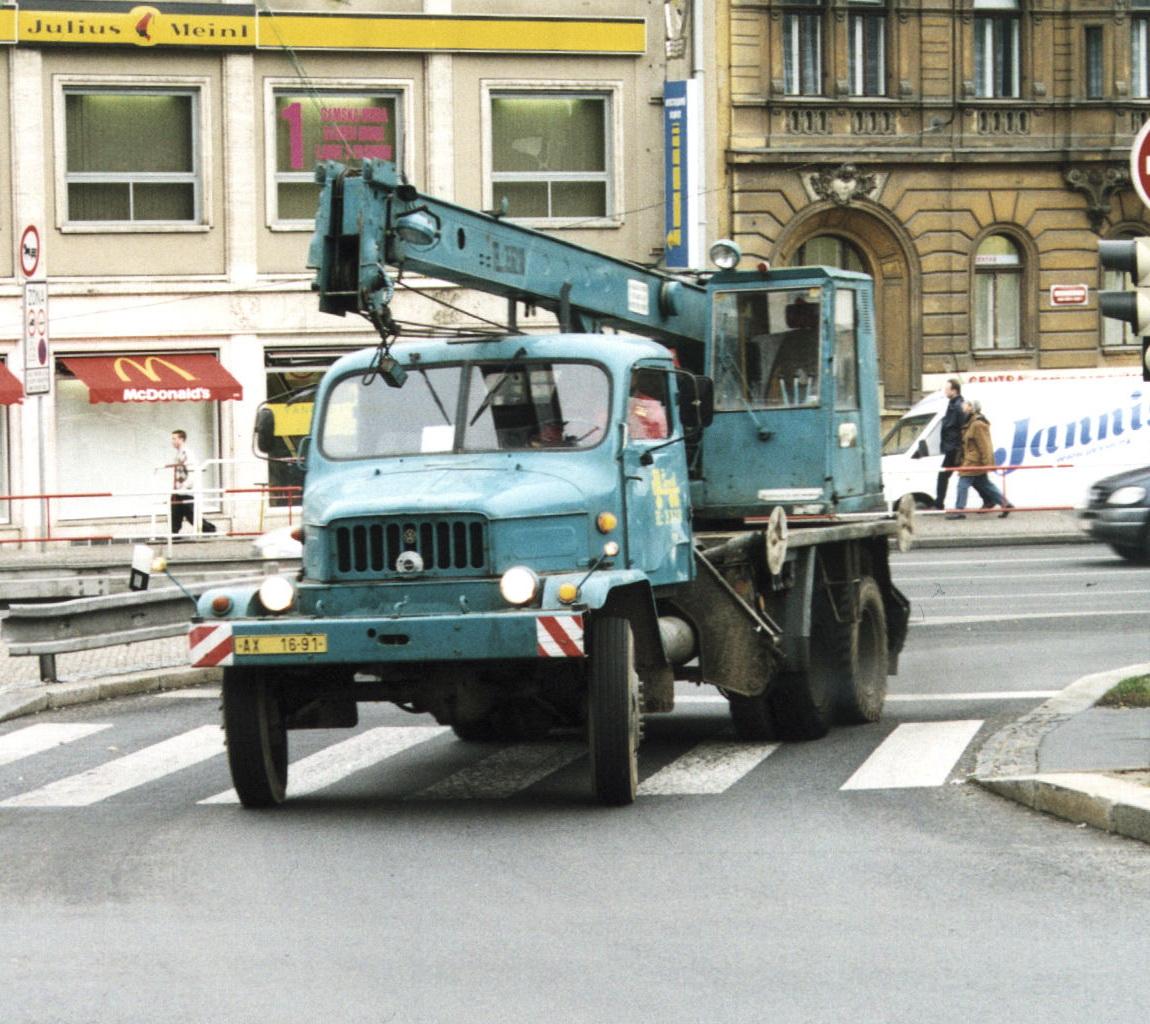 Praha S5T Krane