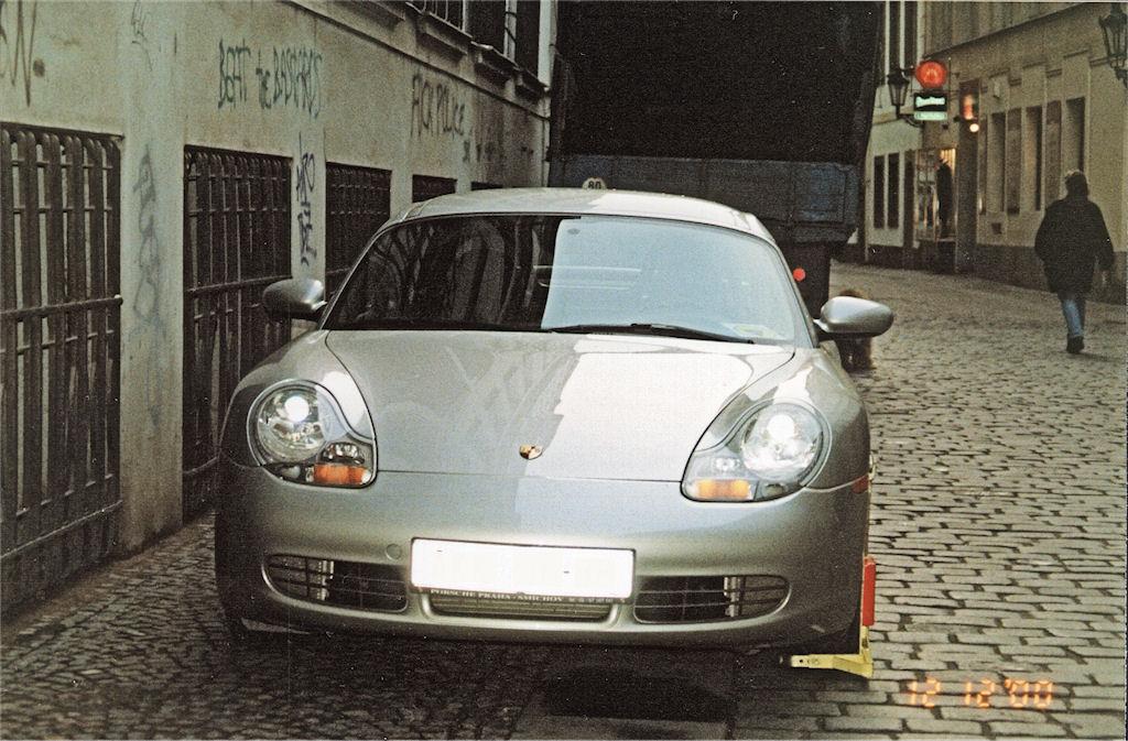 Porsche Boxter front
