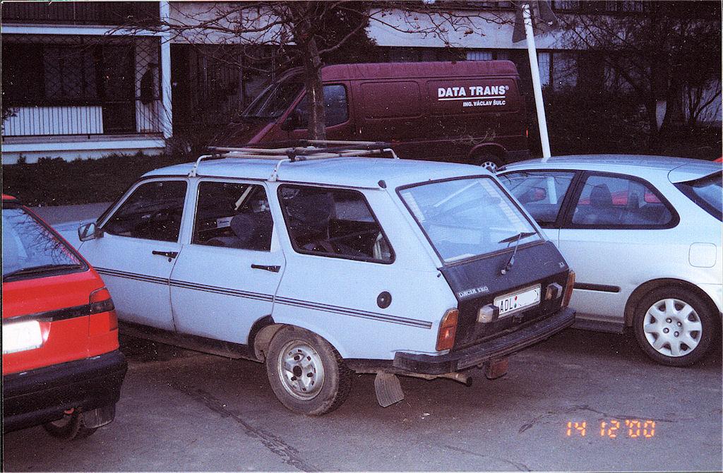 Dacia 1310 3q back