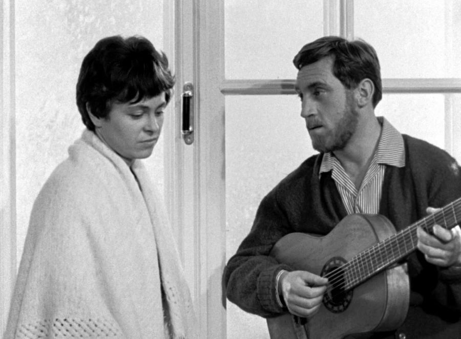 «Короткие встречи» (реж. Кира Муратова, 1967)_0008-2.jpg