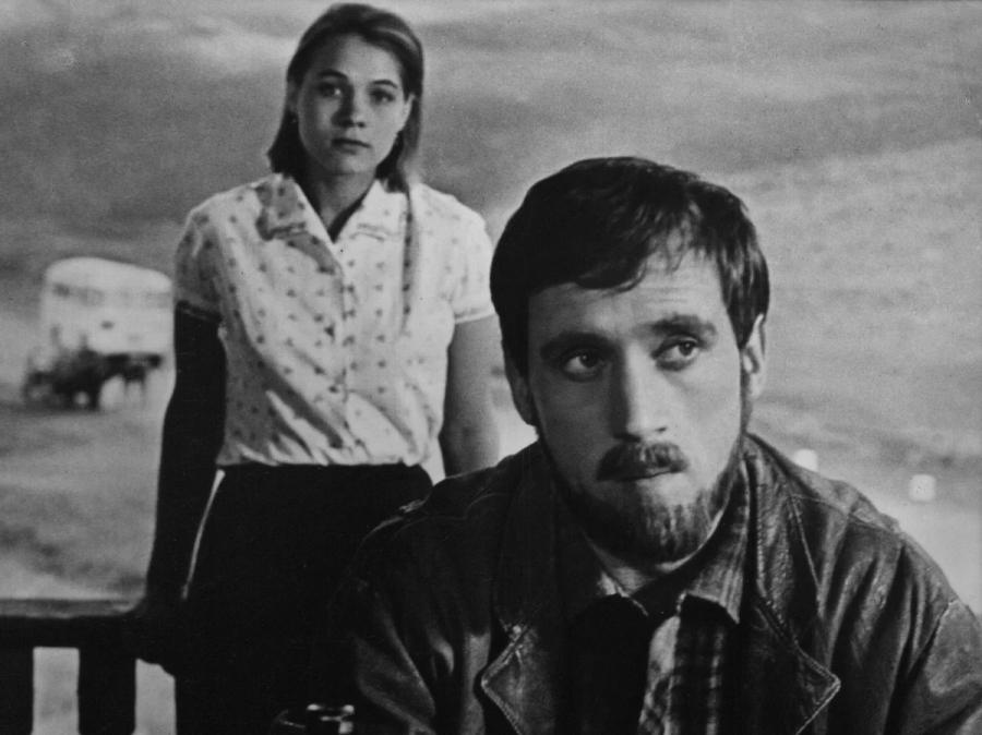 «Короткие встречи» (реж. Кира Муратова, 1967)_0005-1-.jpg