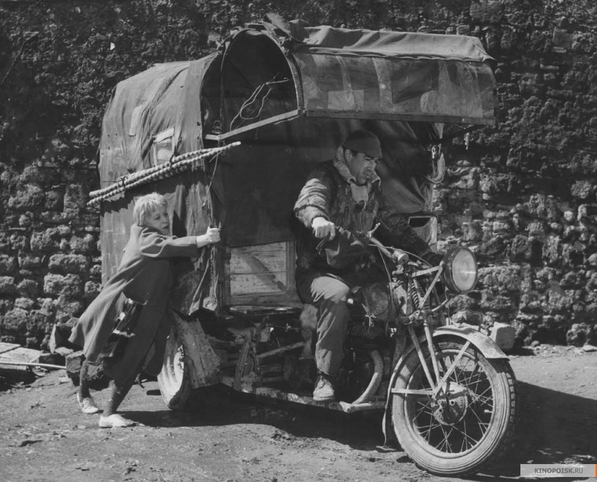 «Дорога» (Федерико Феллини, 1954)_0005-3.jpg