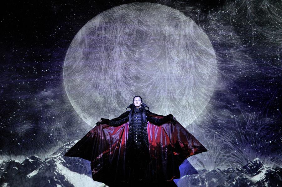 Картинки по запросу Бал вампиров