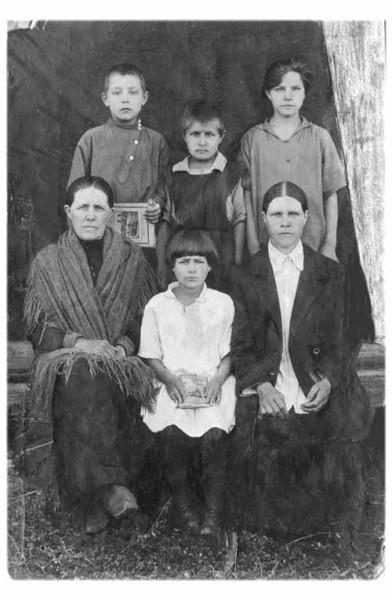 бабушка  Астафьева