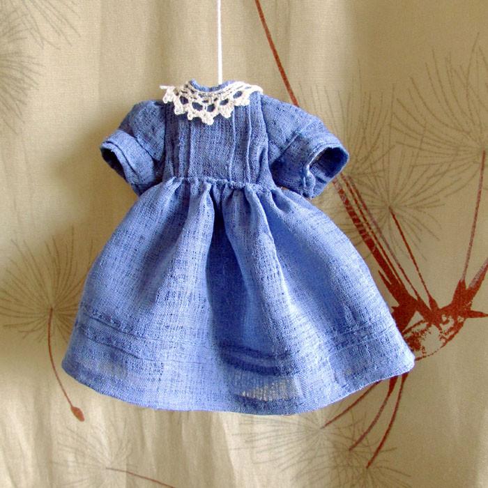 платье тож с воротничком 1