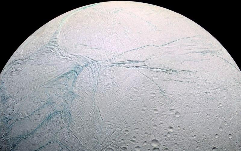 Энцелад-спутник-Сатурна2.jpg