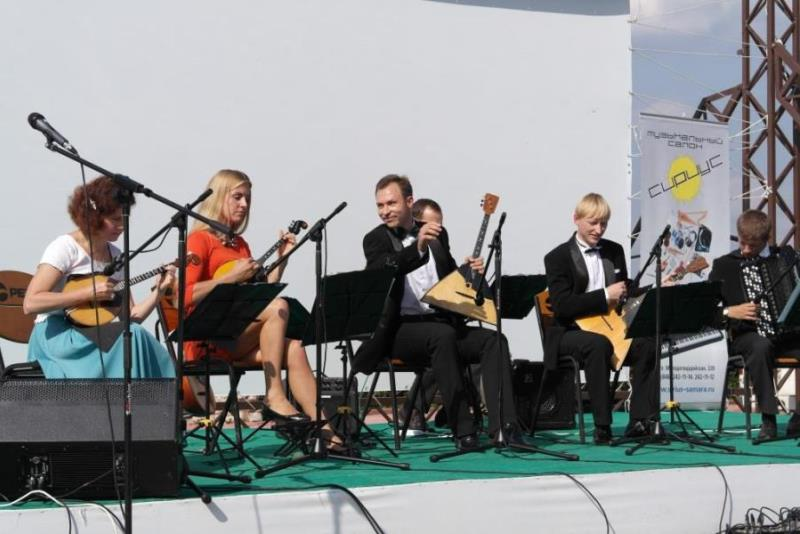 Музыка и песни над Волгой. «Волга-folk-band».