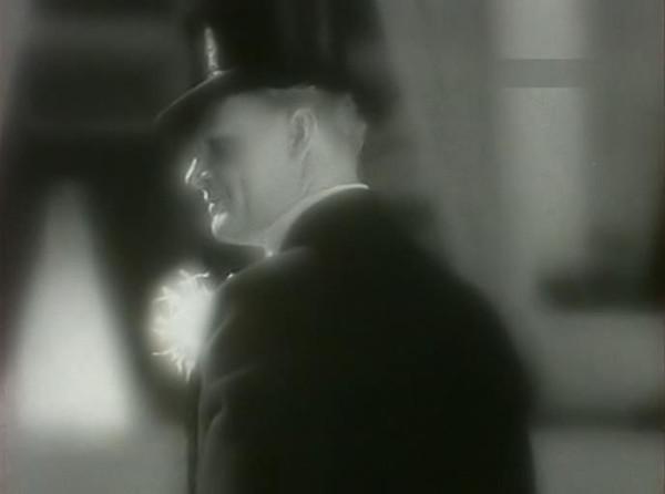 Strogij.junosha.1936.XviD.avi_snapshot_00.49.53_[2014.01.12_20.41.15]