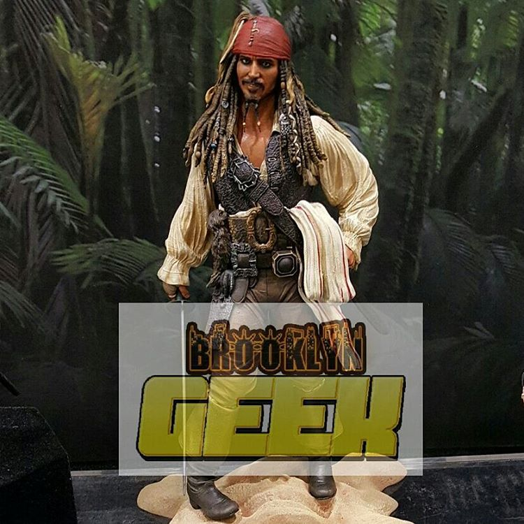 Новая фигурка капитана Джека Воробья.