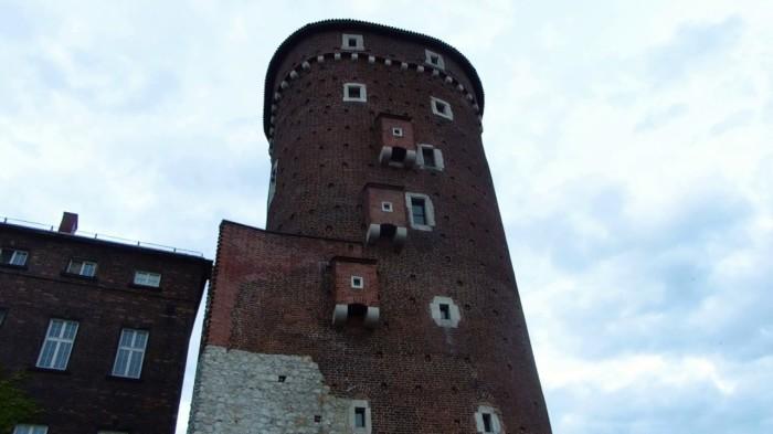 Замковый туалет в Вавеле.