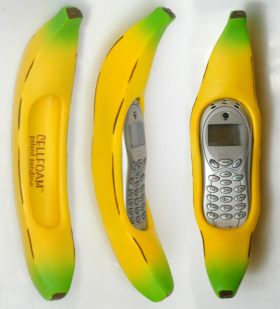 Large-Bannas-with-phone
