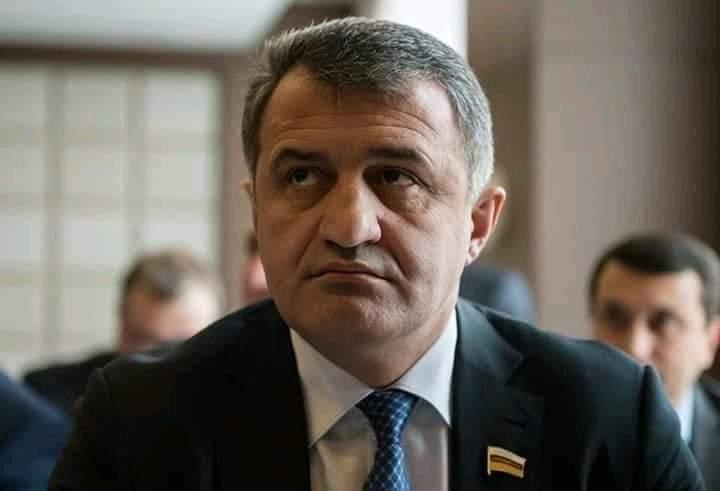 Главарь ОПС Бибилов.