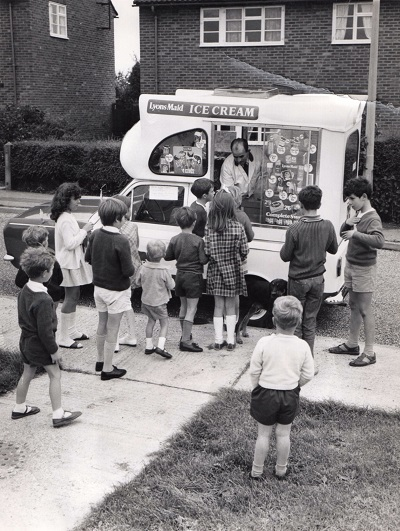 6_Lyons Maid Ice Cream Van