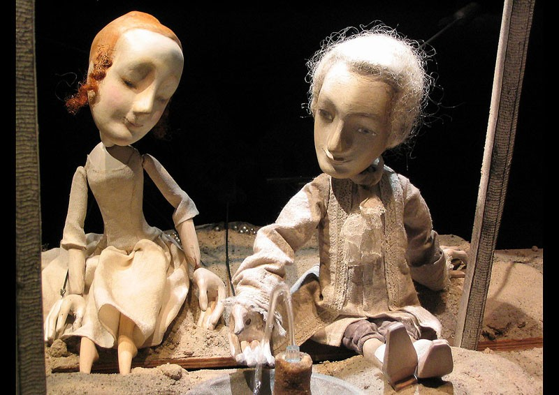 Сцена з вистави Луна Сальєрі. Брестський театр ляльок