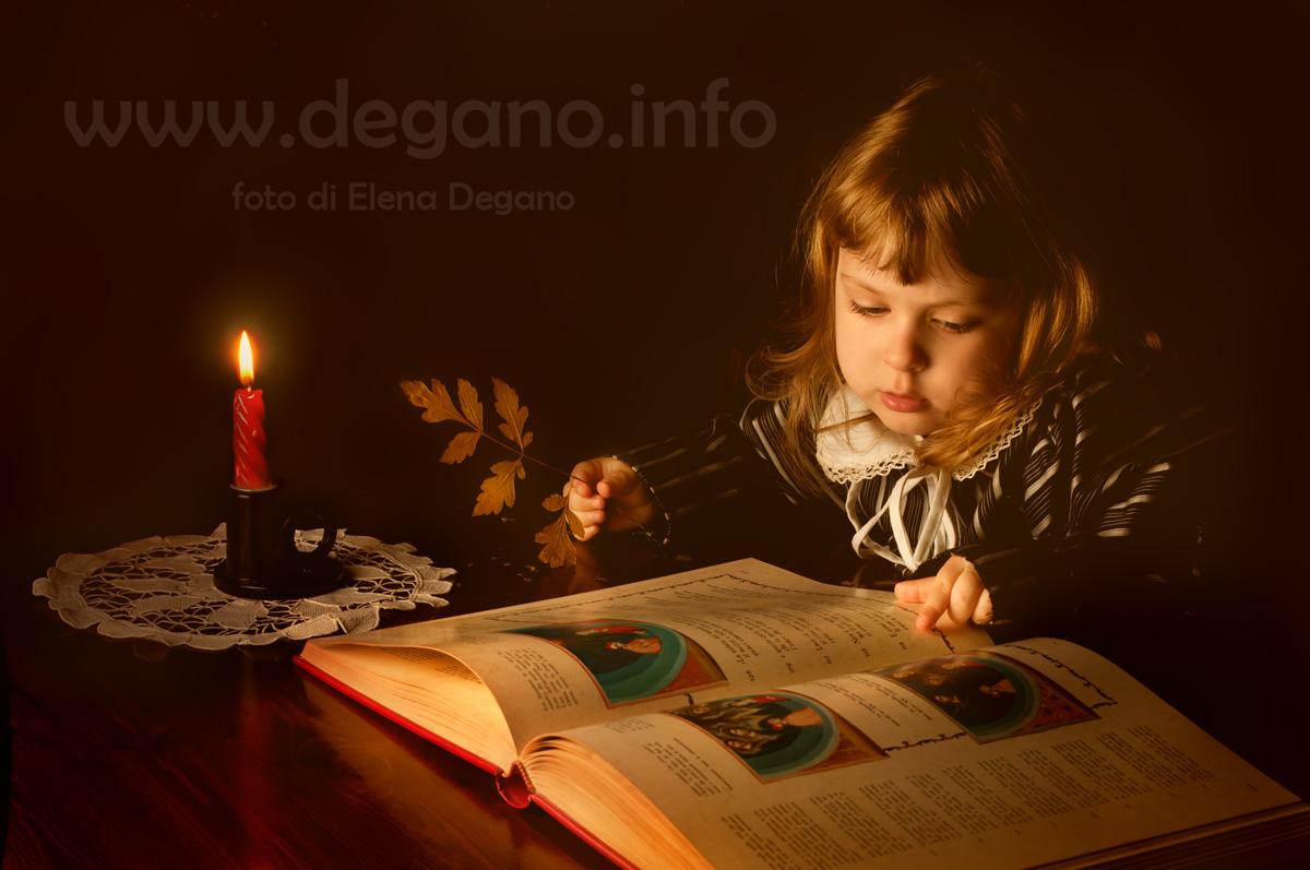 Leggendo Dante. Foto di Elena Degano, Trieste