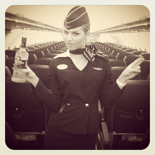 aeroflot-stewardess-3-3