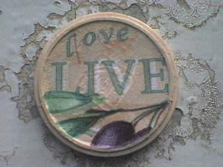 Love. Live. Olive - крышечка
